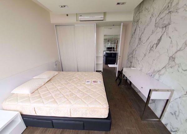 Picture of 1 bed Condo in The Lofts Ekkamai Phrakhanongnuea Sub District C016335