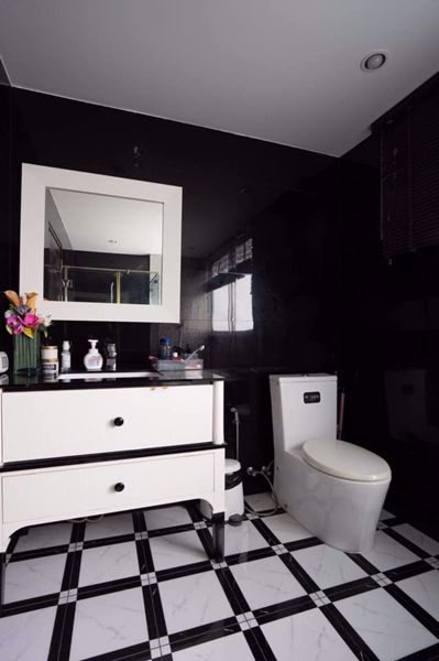Picture of 2 bed Condo in Supalai River Place Banglamphulang Sub District C016364