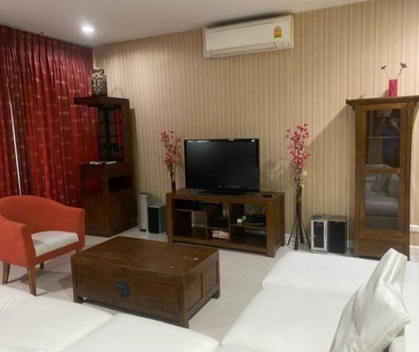 Picture of 3 bed Condo in Sukhumvit City Resort Khlong Toei Nuea Sub District C016367