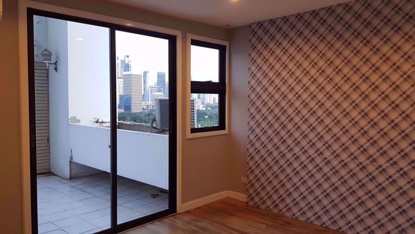Picture of 3 bed Condo in Crystal Garden Khlongtoei Sub District C016438