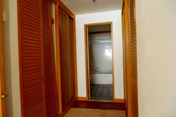Picture of 1 bed Condo in Baan Chao Praya Khlong San Sub District C016441