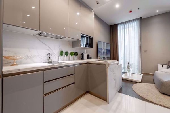 Picture of 1 bed Condo in The Esse at Singha Complex Khlong Toei Nuea Sub District C016443